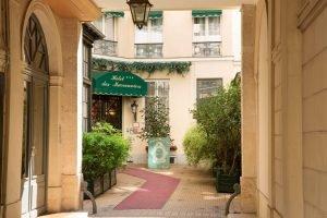 Chambre d'Hôtel Calme à Paris Centre