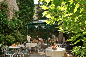 Hotel with a terrace in Paris City Center