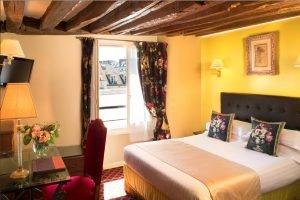 Combien coûte une nuit dans un hôtel 3 étoiles à Paris
